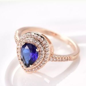 Jewelry - 18k gold pear shaped sapphire  wedding ring